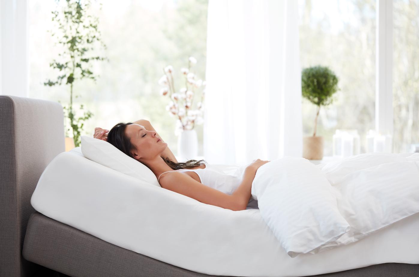 いびきを軽減するベッド – テンピュール ® ゼロジー®